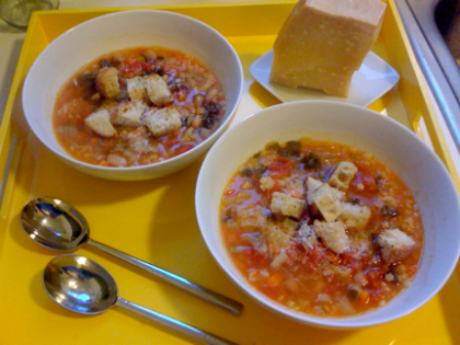 Hearty Minestrone soup with Parmesan Croutons