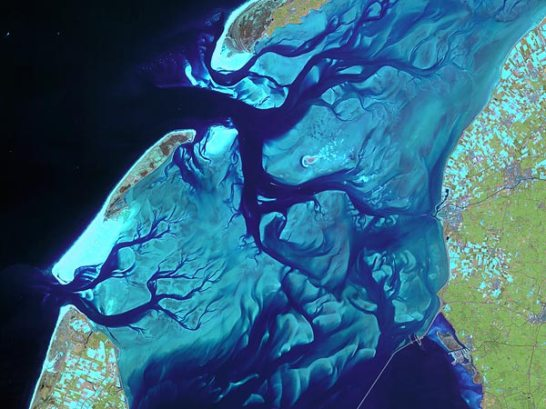 earth-day-pictures-planet-from-space-netherlands-gullies_35000_600x450